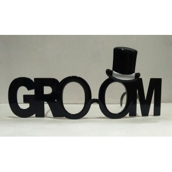 Groom Eye Glass